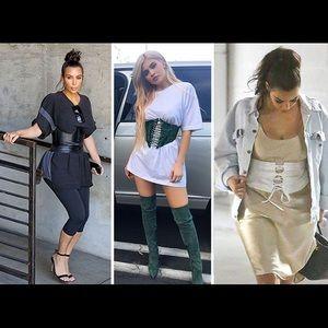 Never worn ! Arm corset